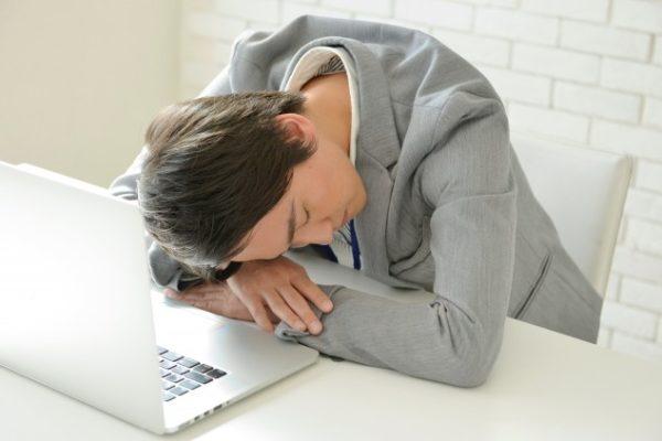 一日一食で睡眠時間が短縮された!少食でショートスリーパーになれる
