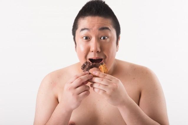 一日一食で吸収率が高まるは都市伝説と判明/逆に太るではなく痩せる