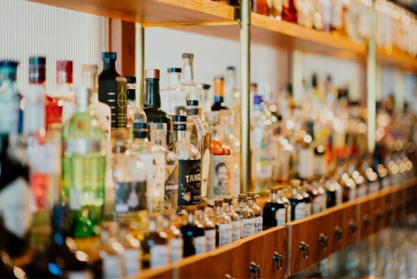 16時間断食でアルコールはダメなのか?お酒は飲まないと痩せます